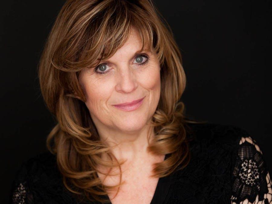 Vocalist Debbie Prutsman